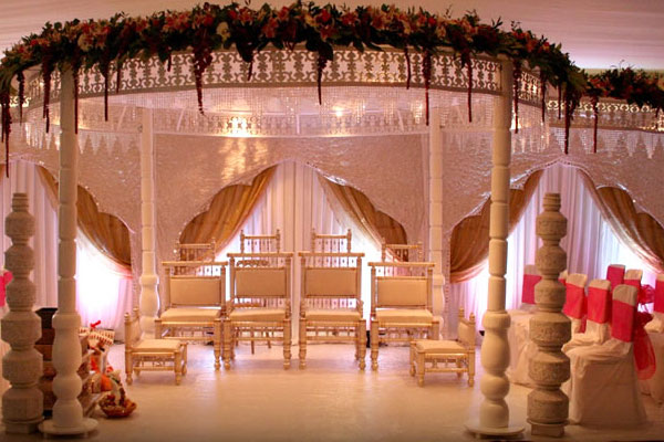 London's most amazing Asian wedding venue that's clean and tidy